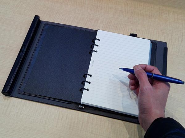 多機能ノート「LOCKBOOK」上質なノート紙