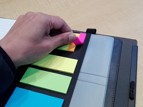 多機能ノート「LOCKBOOK」付箋の交換も可能?