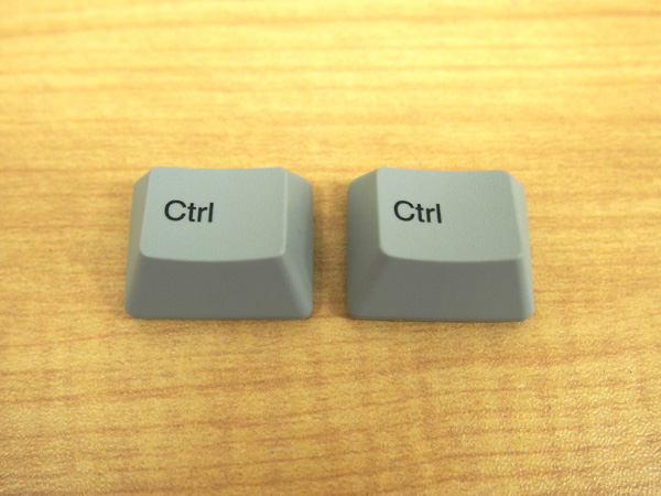 REALFORCE A、REALFORCE SAの [Ctrl]キーは右用か左用か一見分かりません。