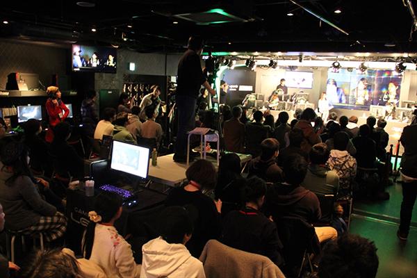 会場には抽選で選ばれた100名近い父ノ背中ファンが集まりました。
