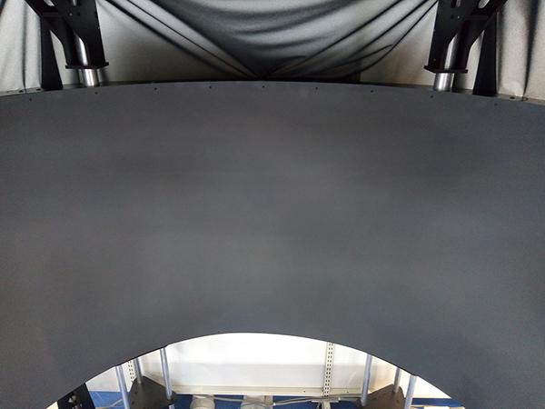 SIMPIT AVENGER 180 Proのスクリーンを上から見た様子