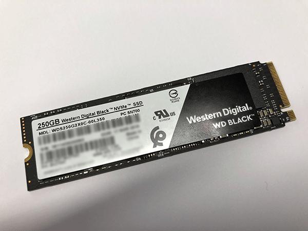 WD Black NVMe SSD 250GB 外観