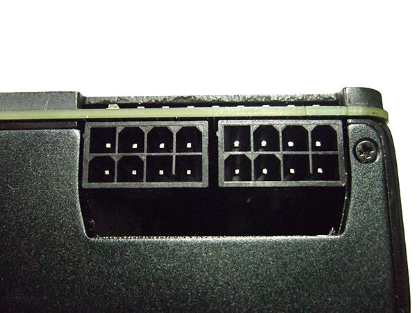 補助電源コネクタ(8Pin x2)