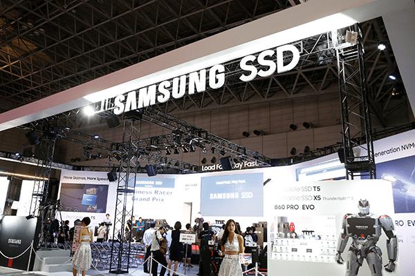 「Samsung SSD」ブース