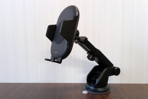 Qi(チー)充電機能 自動開閉スマホホルダー「WLC-7510WAH」レビューのイメージ画像