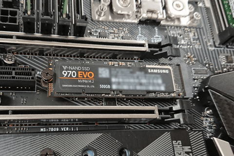 970 EVO レビュー Samsung 第3世代 NVMe SSDのイメージ画像