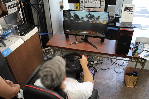 THE CREW 2予選会推奨ゲーミングパソコンとハンドルコントローラー、ペダルセット