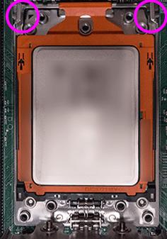 CPUが装着されたSocket TR4のCPUソケット