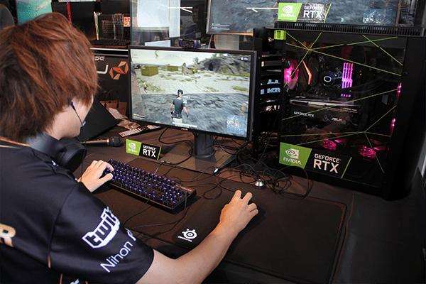 SPYGEA選手とGeForce RTX搭載パソコン