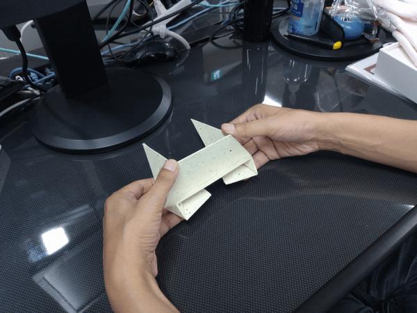 スマホ・タブレット・ノートパソコンに対応した「Foldable2」の折り方1-手順④