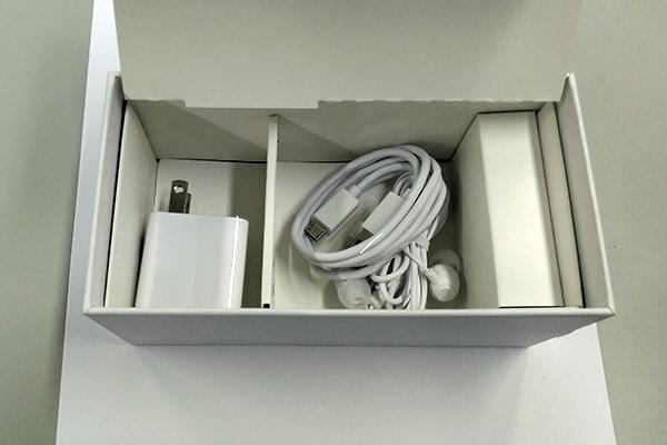 ZenFone Live(L1)付属品