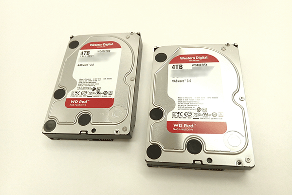 WD Red 「WD40EFRX (4TB)」 2基