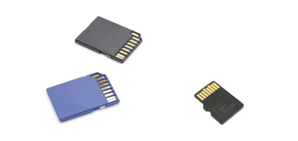 デジタルカメラやスマートフォンなどでも用いられるSD/microSDカード