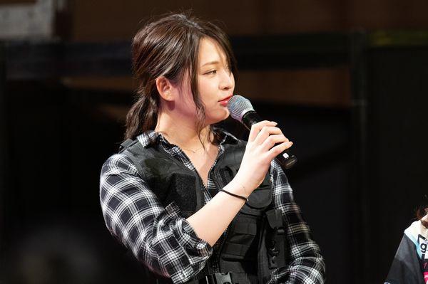 グラビアアイドルの鈴木咲さん