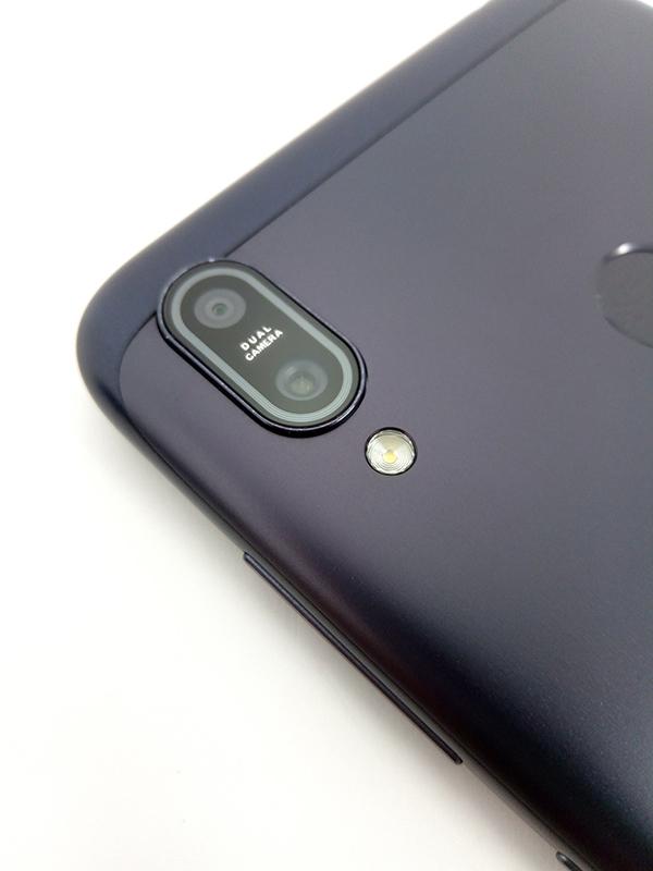 ZenFone Max (M2)のデュアルレンズカメラ