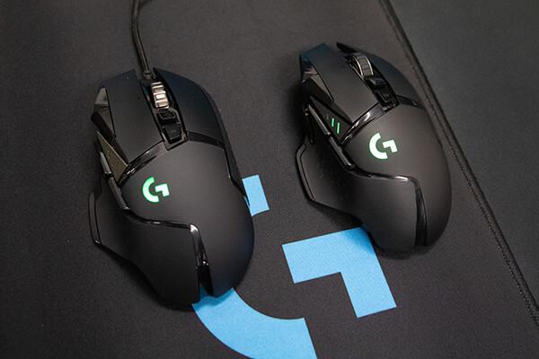 Logicoolマウス G502 HERO(左)、G502WL(右)