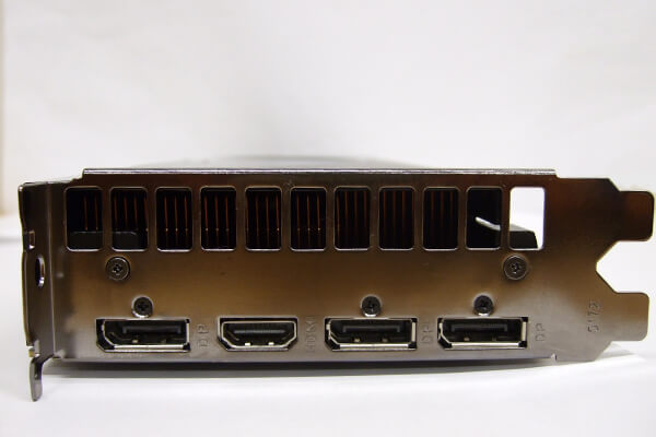 GALAX製GeForce RTX 2070 SUPERグラフィックスカード出力コネクタ部分