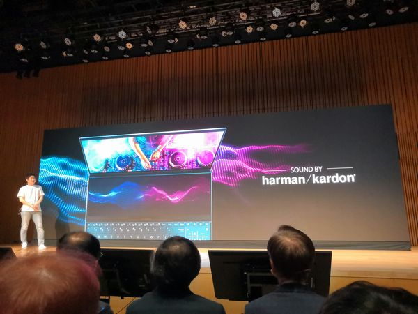 ZenBook Pro Duoはharman/kardonサウンドシステムを搭載