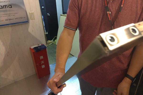 OTONA基地の扉取り付け-2