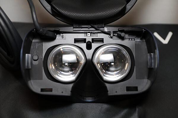VIVE COSMOS 従来機よりも88%解像度を向上