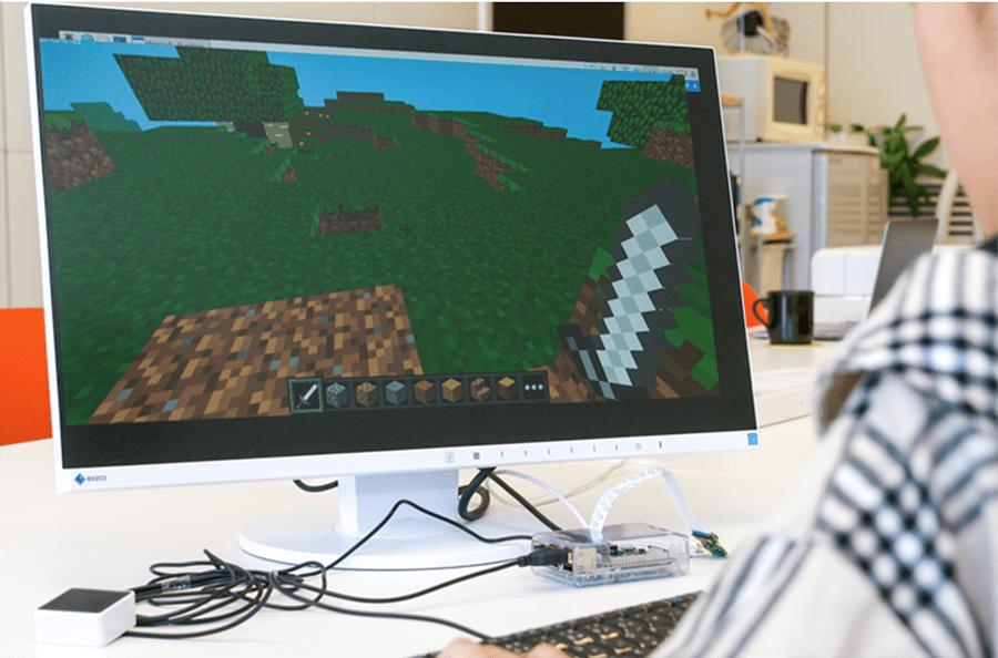 Raspberry Piでマイクラデビュー。広いフィールドを探検!