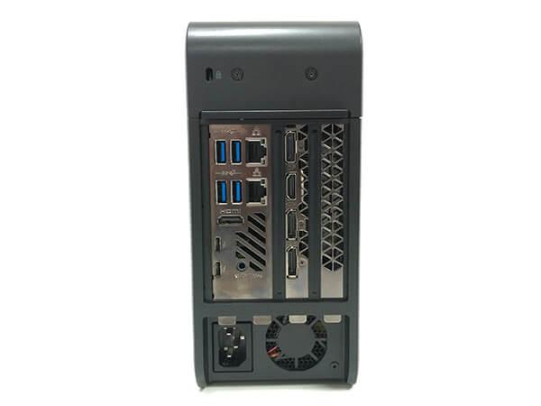 インテルNUC9i9QNX背面