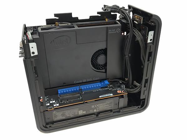 インテルNUC9i9QNXのメインボード