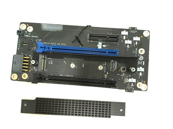 インテルNUC9i9QNXのPCI-Express基盤に搭載されているM.2端子