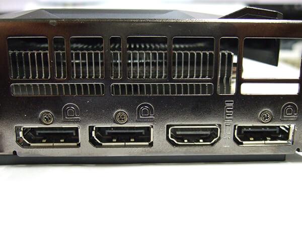 MSI Radeon RX 5600XT MECH OCの出力端子