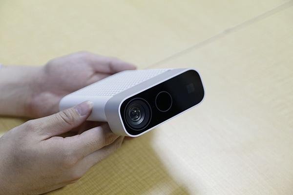 前モデルに比べ小型化したMicrosoft Azure Kinect DK