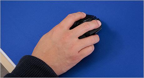 デスクマットでのマウス操作