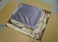 片側にしか梱包材が無く、量が少ない。クッションにならない