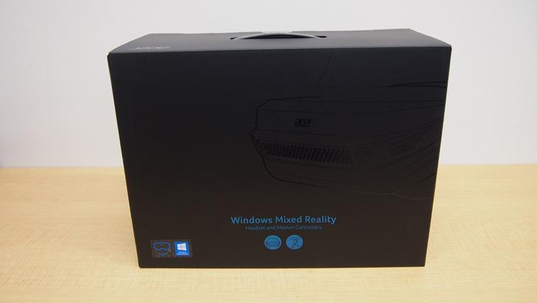 写真:「Acer AH101」はワンパッケージになっています。